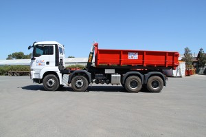 Hook Lift skip bins